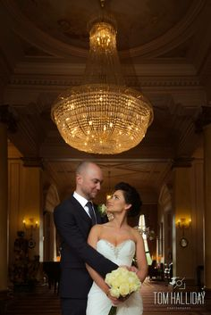 Chandelier shot - country house wedding photography – country wedding photography - tom halliday photography - uk wedding photography -