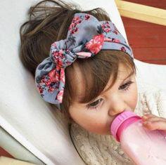 coiffure petite fille, très joli bandeau cheveux, idée excellente pour petites poupées