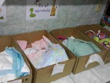 Autoridad se disculpa por imágenes de bebés en cajas de cartón en Venezuela - El Comercio (Ecuador)