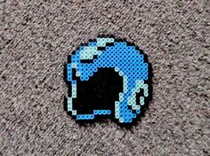 Long Black Fingers : Megaman Helmet, Punch Out Head, Link and Smoosh Perler Beads