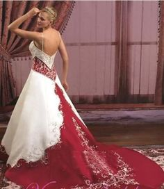 Online Shop 2014 FairOnly Custom Spaghetti Strap Beading With Embroidery Red And Ivory Chapel Train Wedding Dress Red White Wedding Dress, Wedding Dress Train, Red Wedding Dresses, Cheap Wedding Dress, Bridal Dresses, Wedding Gowns, Maroon Wedding, Cream Bridesmaid Dresses, African Traditional Dresses