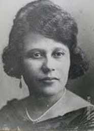 "Dra. Evangelina Rodriguez this is the person dominicans remember only as an ""ugly, crazy black woman"", if at all…. who happened to fight her whole life for the rights of poor women, especially black ones. who grew up poor and became the first dominican woman MD,"