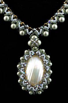 Svetush Jewelry by Svetush Jewelry Crafts, Jewelry Art, Beaded Jewelry, Beaded Bracelets, Unique Jewelry, Gemstone Necklace, Gemstone Beads, Bead Embroidery Jewelry, Beaded Brooch
