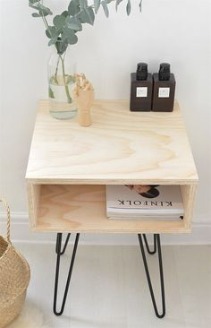 Ideas diy table decorations bedroom night stands - Diy home decor - Diy Furniture Table, Diy Table, Furniture Plans, Rustic Furniture, Furniture Makeover, Home Furniture, Furniture Design, Cheap Furniture, Bed Side Table Diy
