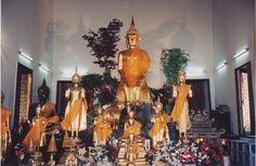 Thailand - Thai - Wat Pho Buddhist temple complex in Bangkok-Temple of the Reclining Buddha