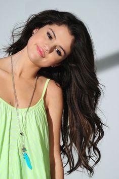 selena gomez photoshoots | Selena Gomez 2012 Dream Out Loud Photoshoot. Love the lime green spaghetti strap!