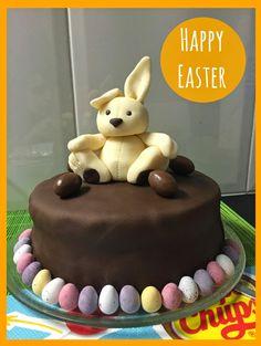 Recipe: Oreo and Chocolate Easter Cake - Alba in bookland Chocolate Easter Cake, Chocolate Ganache, Happy Easter, Easter Bunny, Oreo, Fondant, Cake Decorating, Birthday Cake, Cake Kids