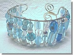 Good way to use left over beads.  #Wire #Jewelry #Tutorials