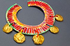SJS Art Studio: Egyptian Jewelry a la Kindergarten
