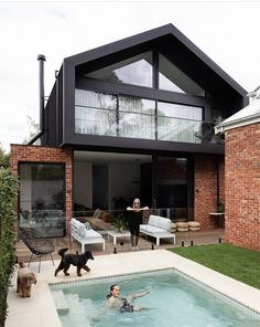 home remodel exterior curb appeal Exterior Design, Modern Exterior, Building Design, Building A House, Modern Brick House, Recycled Brick, Facade House, House Extensions, Industrial House