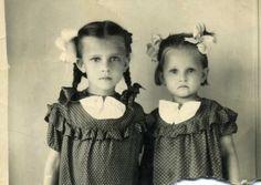 ▫Duets▫ sisters, twins & groups of two in art and photos - Большой Русский Альбом - Галерея 1951