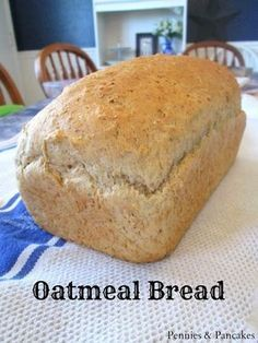 Oatmeal Bread - Super easy no-fail recipe that makes the BEST toast on the planet.Oatmeal Bread - Super easy no-fail recipe that makes the BEST toast on the planet. Bread And Pastries, Bread Bun, Bread Rolls, Yeast Rolls, Oatmeal Bread Recipe, Oatmeal Pancakes, Oatmeal Recipes, Amish Baked Oatmeal, Rolled Oats Recipe
