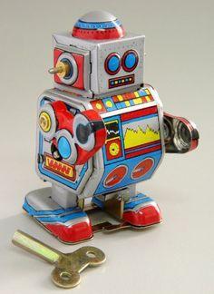 Vintage Style 2″ Tin Robot Mini