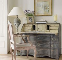 Gorgeous Desk...would love this in our own FrenchGardenHouse guest room.
