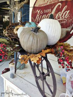 Dash & Albert Winner & Decorating The Fall Windows Autumn Vignettes Autumn Centerpiece Tablescape ww Autumn Display, Fall Displays, Pumpkin Display, Halloween Window Display, Holiday Store, Holiday Fun, Holiday Ideas, Fall Vignettes, Primitive Fall