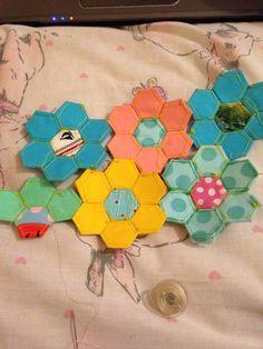 Work in progress of my paper piecing hexagons!