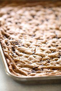 Sheet Pan Chocolate Chip Cookie Bars #browniecookiebar