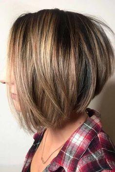New Bob Haircuts 2019 & Bob Hairstyles 25 Bob Hair Trends for Women - Hairstyles Trends Stacked Bob Hairstyles, Best Short Haircuts, Straight Hairstyles, Cool Hairstyles, Medium Bob Haircuts, Inverted Bob Haircuts, Hairstyle Ideas, Modern Haircuts, Natural Hairstyles