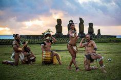 A dança e a música Rapa Nui celebram a força da natureza, os amores e espíritos guerreiros dos antepassados