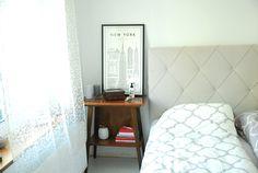 myguideto-david-ehrenstrahle #myguideto #davidehrenstrahle #interior #bedroom #greybed #quiltedbed #brownfurniture