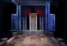 "Intrepid Shakespeare's ""Hamlet, Directed by Christy Yael, Set Design by Sean Fanning"