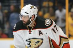 Ducks center Ryan Kesler undergoes hip surgery-Dr. Parekh = Anaheim Ducks center Ryan Kesler has undergone surgery to remove bone fragments out of his hip. This was.....