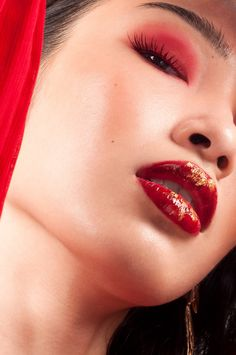 Red Eyeshadow, Glossy Lips, Makeup Art, Septum Ring, Red And Blue, Gold, Bright Lips, Red And Teal, Makeup Artistry