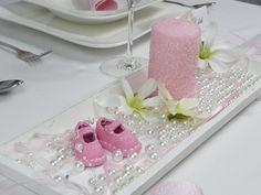 Geben Sie Ihrer Taufe oder den ersten Kindergeburtstag Ihrer Kleinen einen herrlichen Rahmen. Eine große Auswahl an Tischdeko, Streudeko, Taufdeko und passenden Accessoires