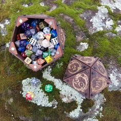 Custom Chests and Dice by CriticalRole Dungeons And Dragons Memes, D20 Dice, Dice Tower, Dice Box, Star Wars Birthday, Triangle Shape, Dark Wood, Board Games, Projects