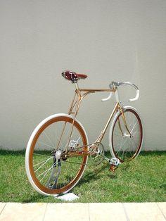Fancy - Yura Messenger Bike by Vanguard