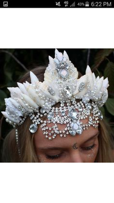 silver glitz crown by chelseasflowercrowns on Etsy                                                                                                                                                                                 Mais