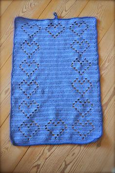 Hyggetanten: Hæklet hjertehåndklæde.. :) DIY