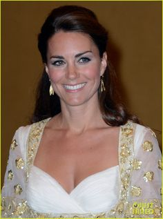 Catherine, Duchess of Cambridge at a dinner hosted by Malaysia's Head of State