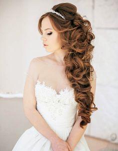 Pozytywne Inspiracje Ślubne: Włosy rozpuszczone upięte na bok - part 3