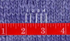 Swatching for Gauge: Knit Purl Soho Tutorial Knitting Gauge, Knitting Stitches, Knitting Designs, Knitting Patterns, How To Start Knitting, How To Purl Knit, Knit Purl, Purl Bee, Purl Soho