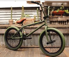 That color tho. Fuckin sexy and it doesn't know it - Bmx Bikes - Ideas of Bmx Bikes - That color tho. Fuckin sexy and it doesn't know it Bmx Street, Color Militar, Mongoose Bmx, Freeride Mtb, Tracker Motorcycle, Motorcycle Helmets, Best Bmx, E Skate, Bmx Bicycle