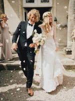 We Love Everything About This Bride's Dreamy Look #refinery29  http://www.refinery29.com/green-wedding-shoes/22