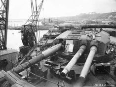 Getting her new 380mm Model 35s installed, 1948. As far as I can tell, these were the last battleship guns ever installed in a new battleship (barring the 1950s re-barreling of the Iowa class in the U.S.)