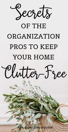 Genius organization hacks to declutter your whole house! Keep your house clean and tidy with these smart home hacks! #organized #cleanhome #declutter Declutter Bedroom, Declutter Your Home, Getting Rid Of Clutter, Getting Organized, Shoe Storage Bins, Professional Organizing Tips, Home Organization Hacks, Organizing Ideas, Diy Cleaning Products