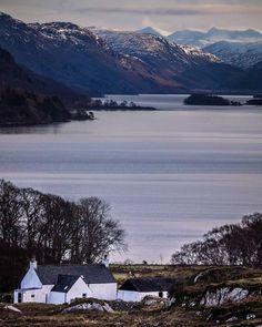 Countries Around The World, Around The Worlds, Beautiful World, Beautiful Places, Uk Holidays, Scottish Highlands, Scotland Travel, England Uk, Where To Go