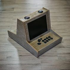 Arcade Stick, Mini Arcade, Old Game Consoles, Bartop Arcade, Custom Consoles, Arcade Machine, Old Games, Diy Cabinets, Vintage Diy