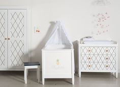 Perfect Babyzimmer schwarze Raute Inspiration isle of dogs DESIGN Wuppertal