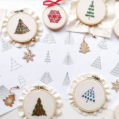 Embroidery Sampler, Hand Embroidery Patterns, Embroidery Stitches, Christmas Tree Pattern, Christmas Snowflakes, Christmas Trees, Christmas Cards, Merry Christmas, Tree Patterns