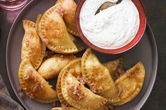Potato Pierogi with Sour Cream-Chive Sauce--------------------------------------- Skillet-cooked until golden brown and served with sour cream and chives, these potato pierogis are nothing like the kind you get from the freezer section! Kraft Foods, Kraft Recipes, Potato Dishes, Potato Recipes, Food Dishes, Side Dishes, Potato Meals, Main Dishes, Sour Cream