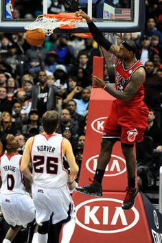 LBJ should be in a dunk contest