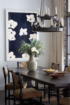 Home Tour: Sophisticated Old World Style in Lake Tahoe Modern Dining Table, Small Dining, Dining Tables, Dining Room Walls, Dining Room Design, Lake Tahoe, Restoration Hardware Dining Table, Room Feng Shui, Dining Lighting