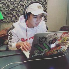 """study dates with song mino 🥰📚"" Minho Winner, Winner Kpop, Thrasher, Oppa Ya, Got7, Yg Artist, Song Minho, Win My Heart, Bad Timing"