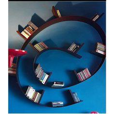 Bookworm 11 bogreol designet af Ron Arad