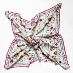 "Oxana Lychagina's silk shawl ""Tender perle"""