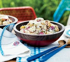 Looking for a potato salad recipe? This tasty recipes adds cauliflower to the classic salad. This is perfect for picnics and barbecues.